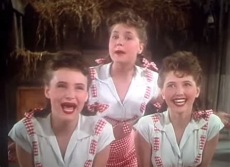 whatever happened to the amazing ross sisters 3 flexible sisters were huge stars in the 1940s wow amazing