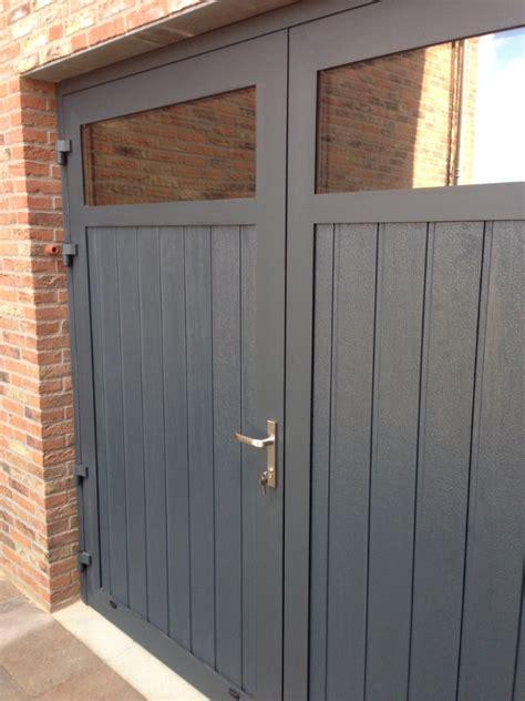 Houten Openslaande Garagedeuren by Openslaande Garagedeuren Met Hr Glas Different Doors