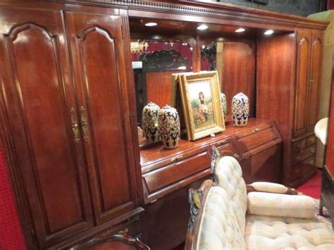 thomasville king bedroom set 89 thomasville king bedroom set includes storage headb