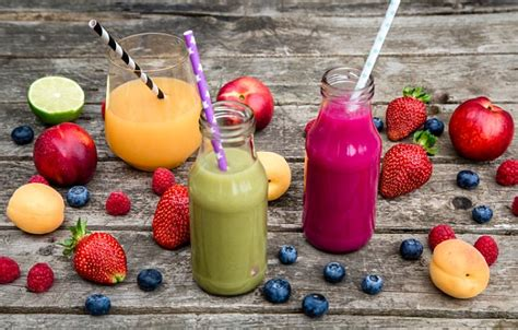 1 fruit smoothie a day nutritionist rick hay reveals 6 weight loss smoothies that