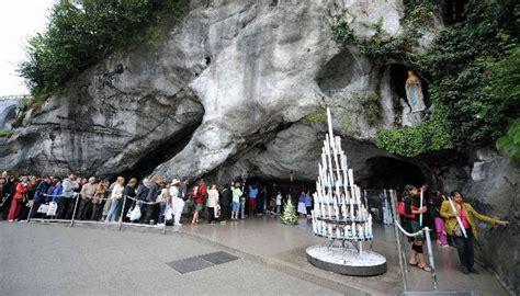 web grotta di lourdes amenaza de bomba contra el santuario de lourdes el d 237 a de