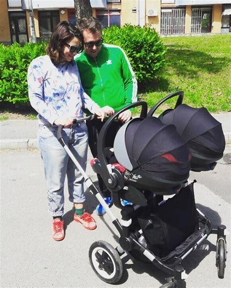 mirna medaković i suprug mirna medaković u prvoj šetnji sa svojim blizankama tportal