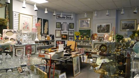 Interior Decor Stores by About The Store Cat S Meow Marketplace Thrift Store