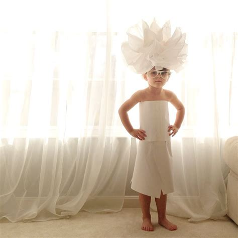 year  girl creates stylish paper dresses    mother demilked