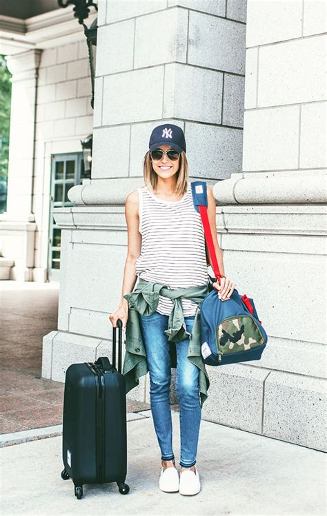 Stylish Travel Wardrobe by 25 Best Ideas About Casual Travel On