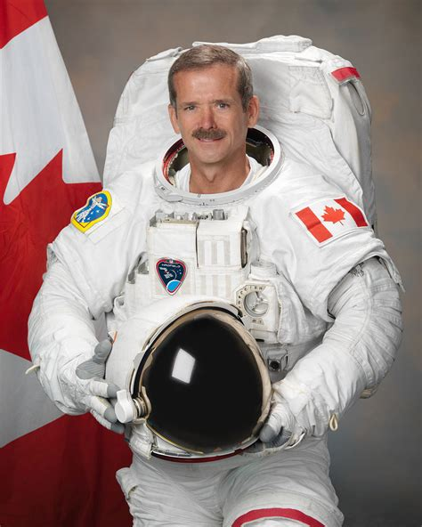 Chris Hadfield by Chris Hadfield Wikip 233 Dia