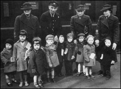 evacuation world war ii children at train station being evacuated to he country ww ii children