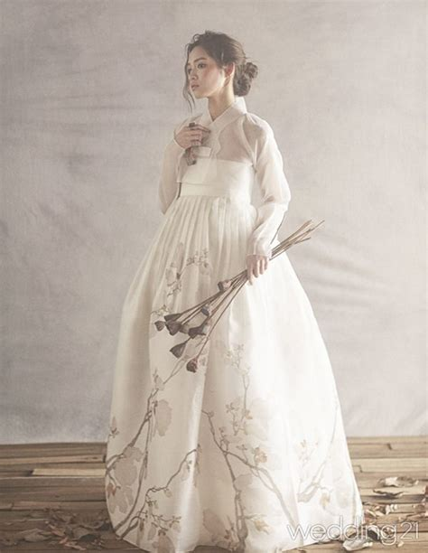 Fashion 603 2 Ruang 7 황금단 임정연한복 네이버 매거진캐스트 fashion style korean korean fashion and korean clothes