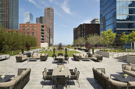 top rooftop bars in chicago rooftop restaurants chicago il