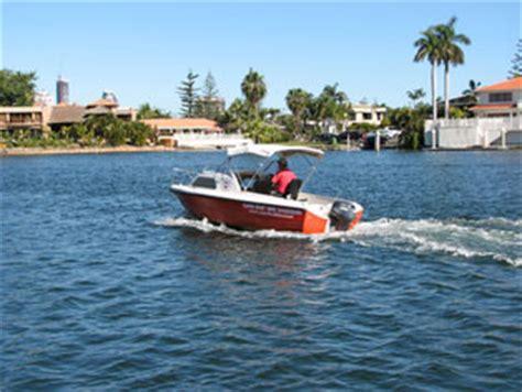 boating license gold coast half cabin cruiser hire gold coast family boating cruising