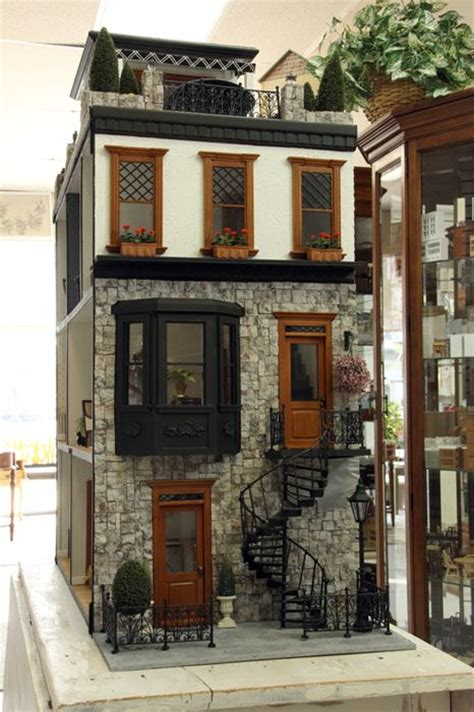 tiny doll house 25 best ideas about doll houses on pinterest doll house crafts doll house play and