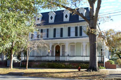 haunted houses in georgia 10 haunted houses in georgia that will terrify you