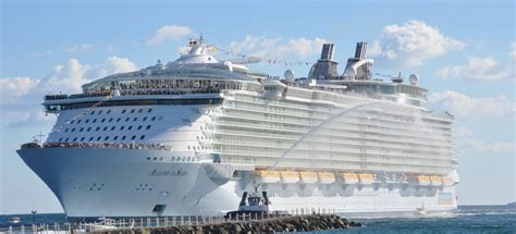 what is the biggest cruise ship in the world biggest cruise ships in the world entertainment mania