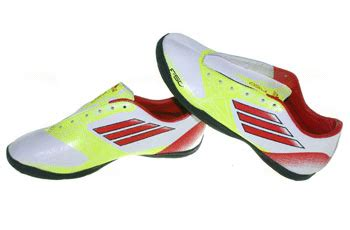 sepatu bola uno kios sepatu sepatu futsal sepak bola basket