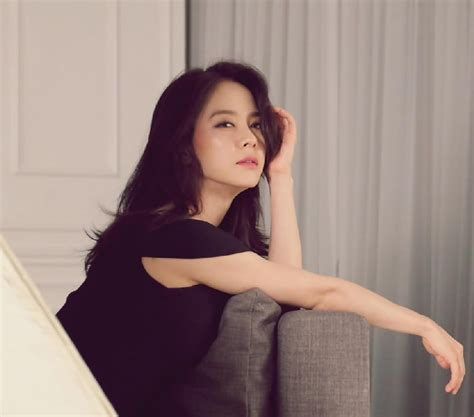 4minute is bold and sexy for quot cosmopolitan quot song ji hyo photo shoot song ji hyo looks elegant and sexy