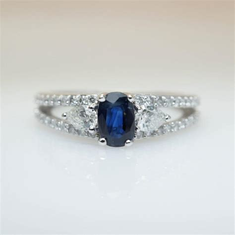 Blue Safir With Ring vintage sapphire engagement ring blue sapphire bridal