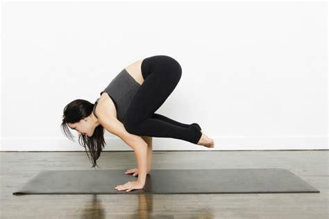 imagenes de yoga en la cama las 6 posiciones de yoga m 225 s dif 237 ciles imujer