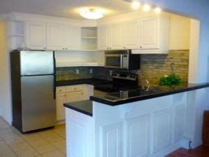 tiling a kitchen backsplash do it yourself kitchen doityourself
