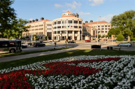 Wisconsin Mba Government by Committee Names Finalists For Wisconsin School Of Business