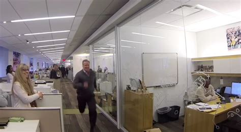Nfl Office by Roger Goodell Runs 40 Yard Dash In 5 53 Seconds
