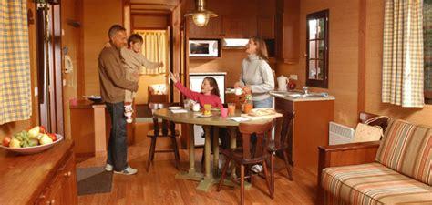 davy crockett ranch premium cabin disney s davy crockett ranch disney hotels disneyland