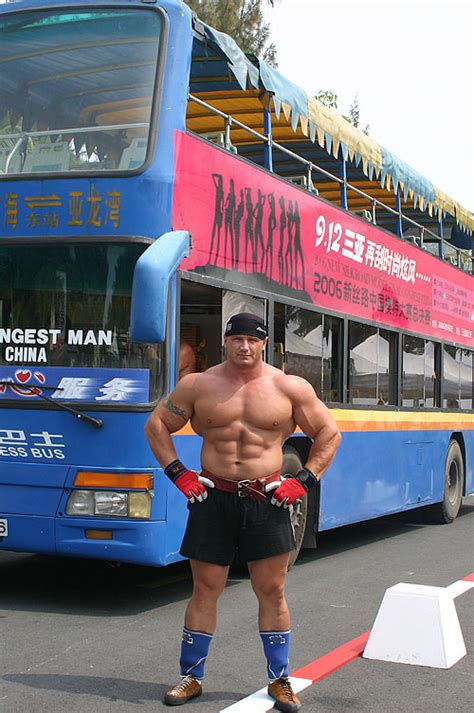 world s strongest man bench press world s strongest man competitor mariusz pudzianowski