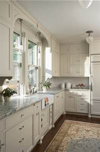 kitchen cabinet paint color benjamin oc 14