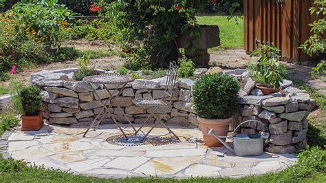 gartengestaltung naturstein gartengestaltung mit naturstein