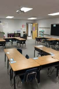 your s aide u shaped desk arrangement classroom