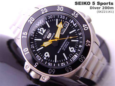 Seiko 5 Sports Skz211k1 by Seiko 5 Sports Auto Diver Compass 200m Skz211k1 Black 25