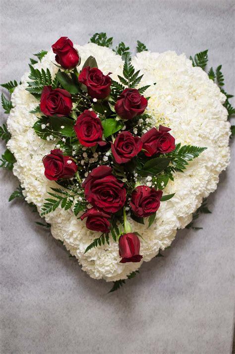 imagenes flores en forma de corazon imagenes de corazon flores