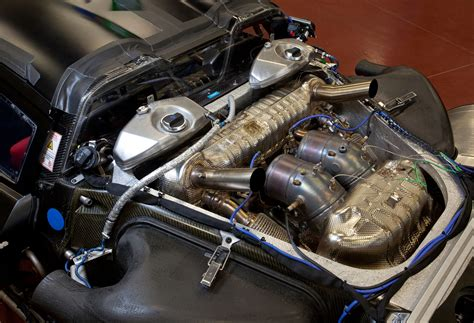 porsche 918 spyder engine porsche 918 spyder 4 6l v8 engine eurocar news