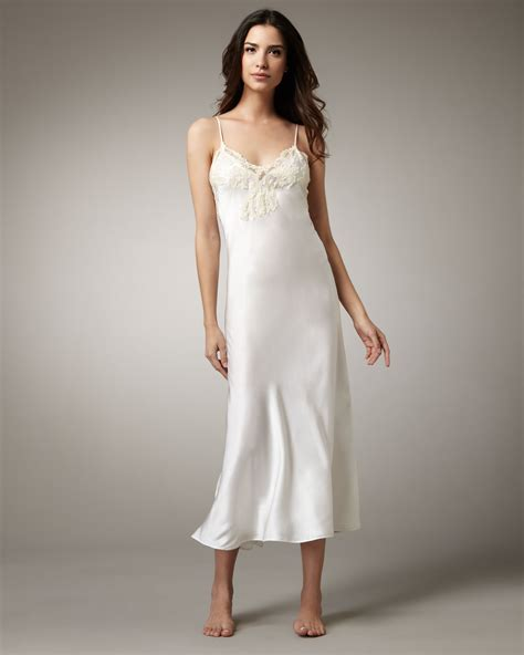 la perla maison stretch silk robe 8lutfyhw lyst la perla maison satin gown in white