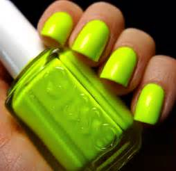 neon color nails hayku a neon nail