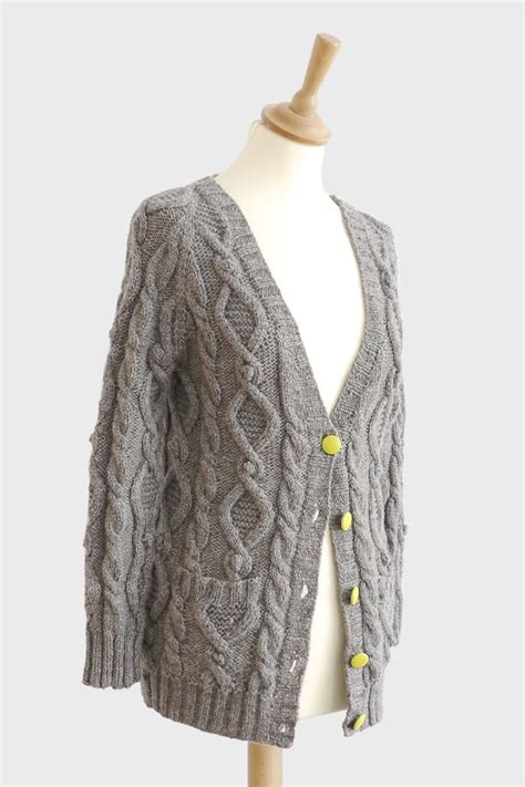 Conventional Knit Cardigan cotton cloud land cable aran cardigan original knitting patterns top knitting