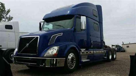 2011 volvo semi truck volvo 780 2011 sleeper semi trucks