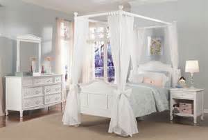 Four Poster Drapes Emma 4 Post Bed With Tall Headboard And Footboard