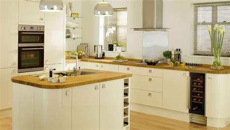 cream shaker kitchen ideas glossy cream kitchen cabinets google search ideas for