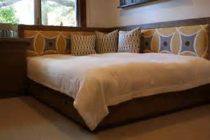 Storage Bed Frame Queen Diy Reclaimed Wood Queen Day Bed Flickr Photo Sharing