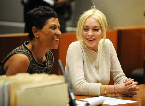 La Da Lindsay Lohan Wont Be Charged With Theft lohan won t be charged in alleged hit and run of lounge