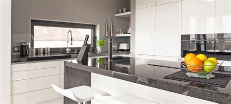 cucine moderne con isola prezzi cucine moderne con isola scavolini cucine classiche con