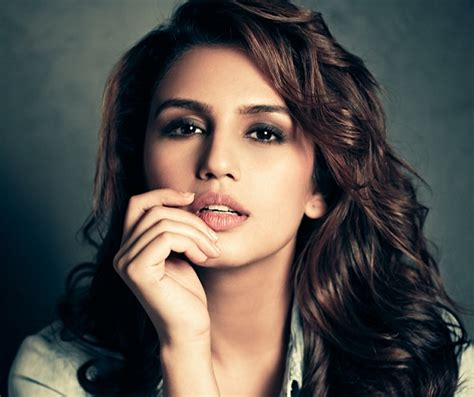 commercial actresses indian huma qureshi net worth biography age height boyfriend