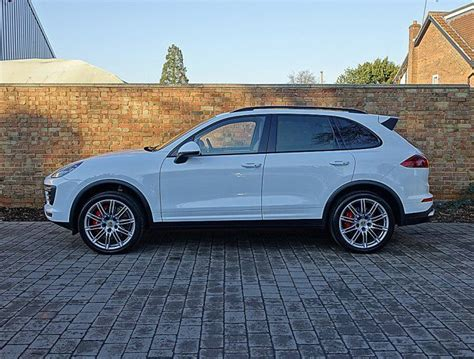porsche suv white 1000 ideas about cayenne turbo on pinterest dream cars