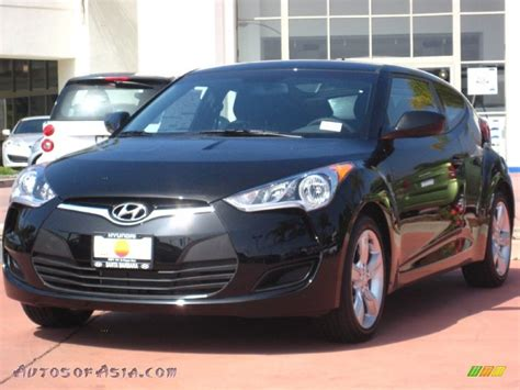 nissan veloster black 2012 hyundai veloster in ultra black 021016 autos of
