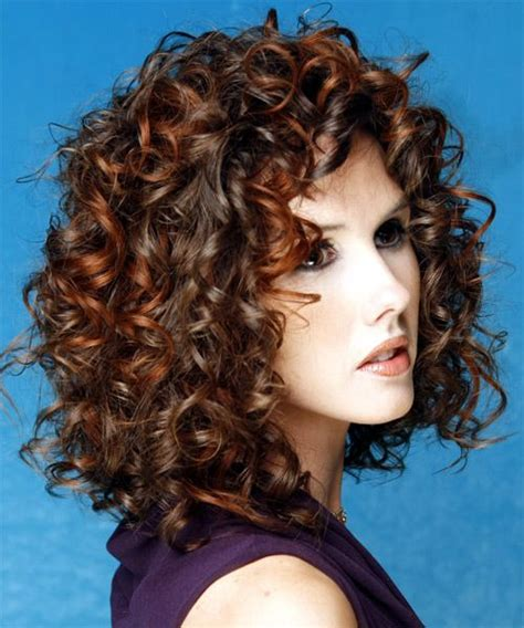 my hair under top layer is wacy 17 best ideas about medium curly on pinterest wavy perm