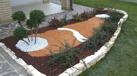 aiuole per giardini progettazione aiuole orso matteo manutenzione giardini