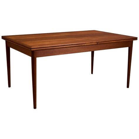 Danish Dining Room Table Danish Teak Dining Table By Koefoeds Hornslet At 1stdibs