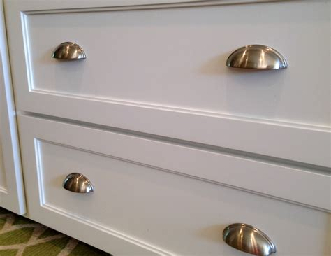 Drawer Pulls For Kitchen Cabinets Kitchen Remodel Before After A Nester S Nest