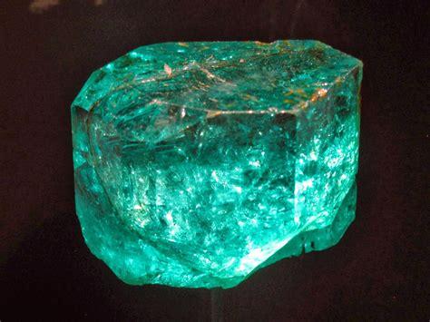 story  emeralds gemstones