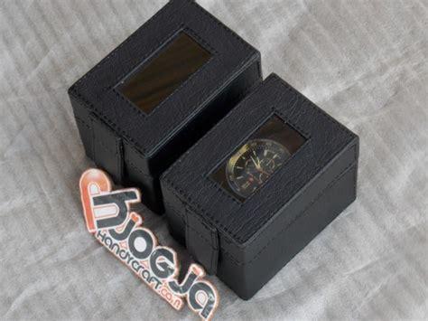 Grosir Box Jam Tangan Isi 12 Oval Free Pemotong Kuku Souvenir Kotak Jam Tangan Cantik Vinyl Isi 1 Pcs
